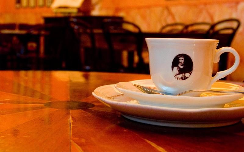 caffedeltasso_apertura