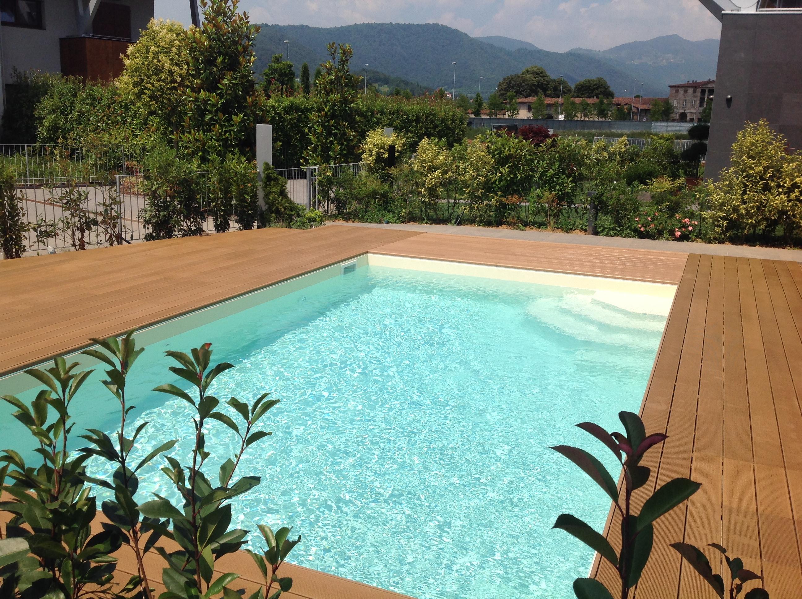 Ilmadeinbergamo impermeabilizzazione piscine a bergamo for Piscina in giardino