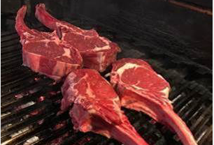 Tomahawk, la carne come non l'avete gustata mai